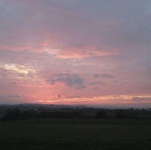 331. Driving home for christmas und dann solch ein Sonnenuntergang. Zeit für eine Fotopause ist fast immer!